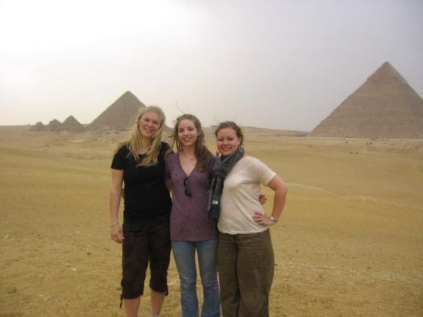 Rachel (middle) and friends at the Great Pyramids