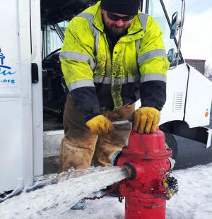 MWU hydrant maintenance worker