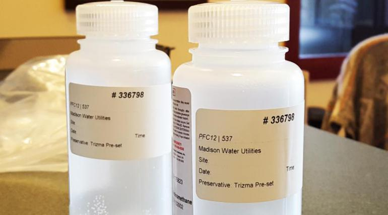 Sample bottles for perfluorinated compounds