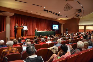 Community gathers for welcoming address and audience questions of Mayor