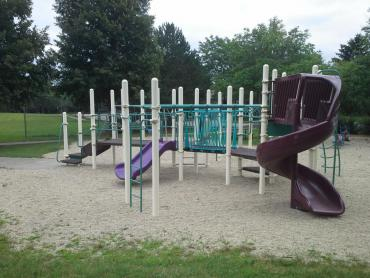 woodland hills playground