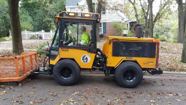 Final round of spring curbside yard waste collection begins April 30