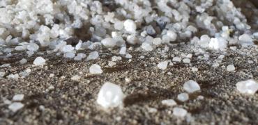 This photo shows salt grains.