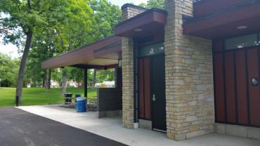 Lake Edge Park Shelter