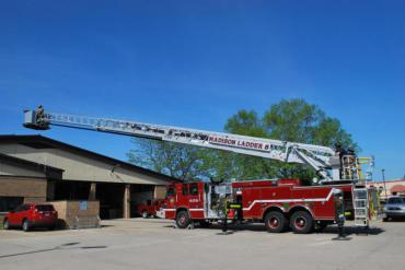The Platform can assist in rescuing victims from roofs.