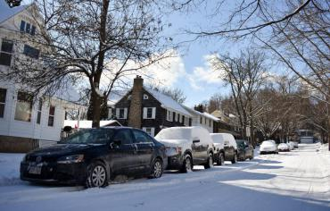 Cars parked correctly in the winter. Learn how you can do that too at www.cityofmadison.com/winter