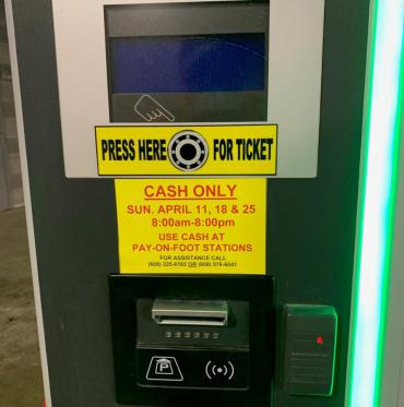 Image of Cash Only Information Sticker -Garage Exit Station