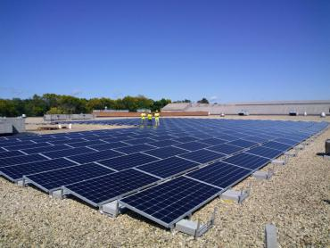 Solar project on Metro Transit's bus garage roof
